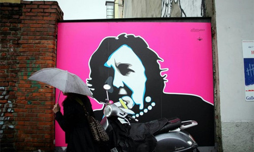 Alda Merini pop art: un murale la ricorda sui Navigli