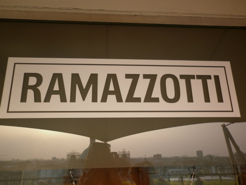 Aperitivo RAMATONIC COMIC HOUR per una Milanoincontemporanea