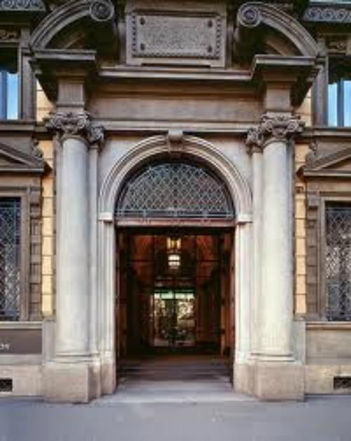 Invito a Palazzo, Edison a Milano, Unicredit in tutta Italia