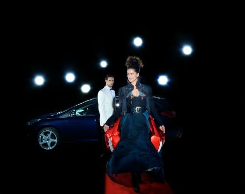 B-Max Be Cool: Ford in passerella a Milano