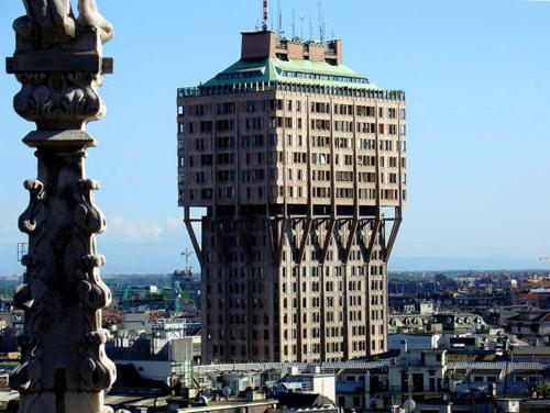 La Torre Velasca è uno degli edifici più brutti al mondo