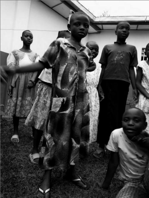LONTANO DAI RIFLETTORI – Reportage dall'Africa