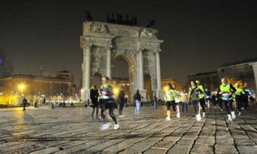 Milano, tutti di corsa a mezzanotte