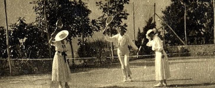 """Milano ad agosto:  """"Andiamo al Grand Hotel"""". Una mostra sul Lago di Como a inizio '900"""