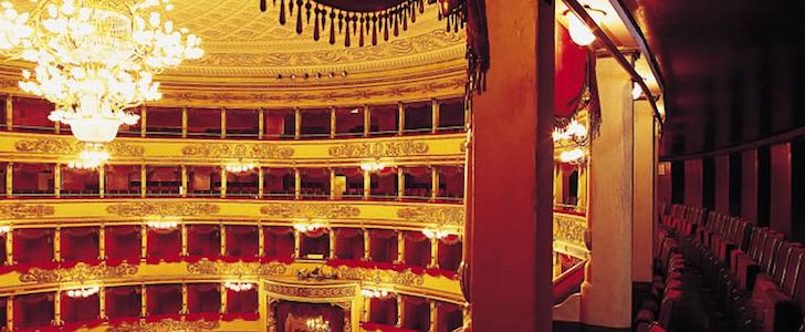 Prima della Scala: tutta Milano la guarda gratis. Gli indirizzi