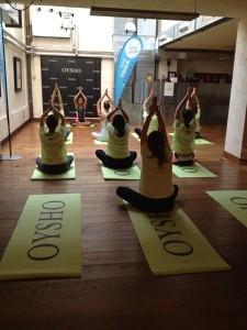Oysho: preparazione Yoga con Fiammetta Cicogna presso gli studi di Connexia Milano