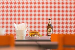 Piede de poule e hamburger nel nuovo Macinata