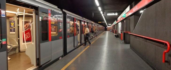 Epifania a Milano: gli orari di metro, bus e altri mezzi pubblici in città per il 4, 5 e 6 gennaio 2016