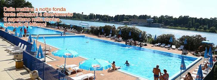 Piscina e mare arte e teatro sport acquatici e area cani for Piscina x cani milano