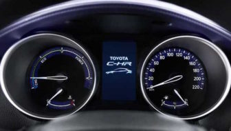 A Milano, l'auto che crea più energia d'Italia? Lo dirà il nuovo concorso Toyota