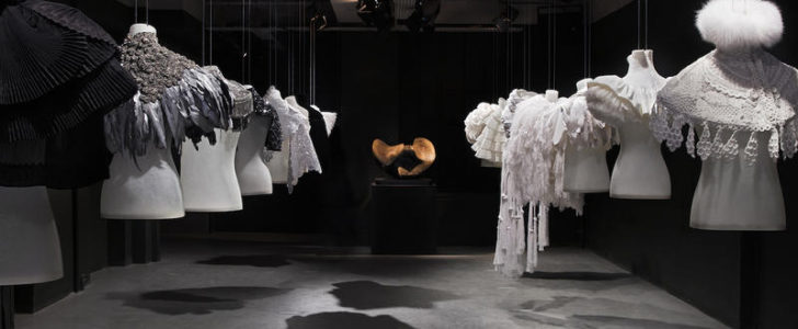 Fashion - Milano Design Week. Happening e cocktail party