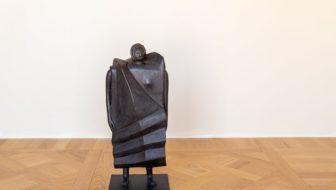Statua di donna: anche Milano finalmente ha la sua. Ecco chi è l'artista!